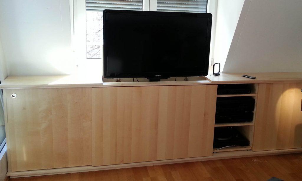 TV-Kommode mit versenkbarem Fernseher